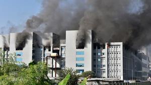 Un incendio en la mayor fábrica de vacunas del coronavirus del mundo deja al menos 5 muertos