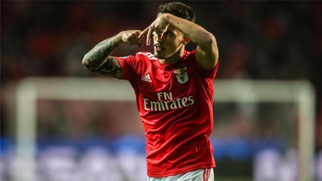 Grimaldo emula a Messi con un golazo