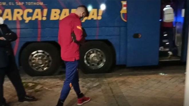 ¡Las primeras imágenes de Piqué después de la lesión!
