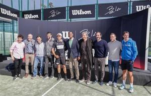 Bela estuvo a compañado de muchos ex tenistas y deportistas