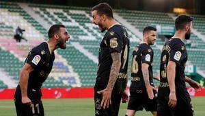 Joselu celebró con rabia su decisivo gol al Elche