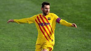Messi jugó un partido histórico en Huesca