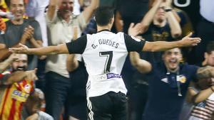 LALIGA | Valencia - Sevilla (4-0): El golazo de Guedes