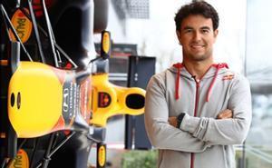 Sergio Pérez, en la sede de Red Bull