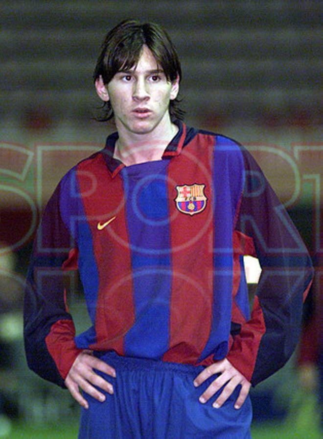 9.Leo Messi 2003-2004