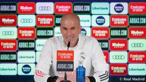 Zidane celebra la vuelta de Benzema pero no confirma su titularidad