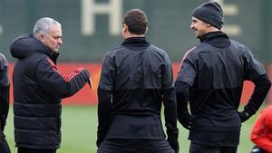 Mourinho podrá contar con Matic y Zlatan