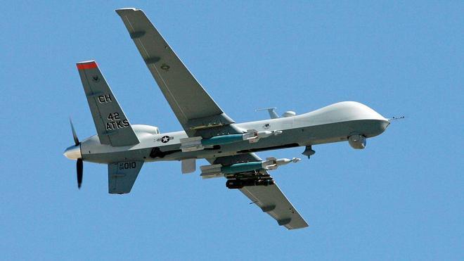 Emiratos Árabes utilizará drones para hacer que llueva
