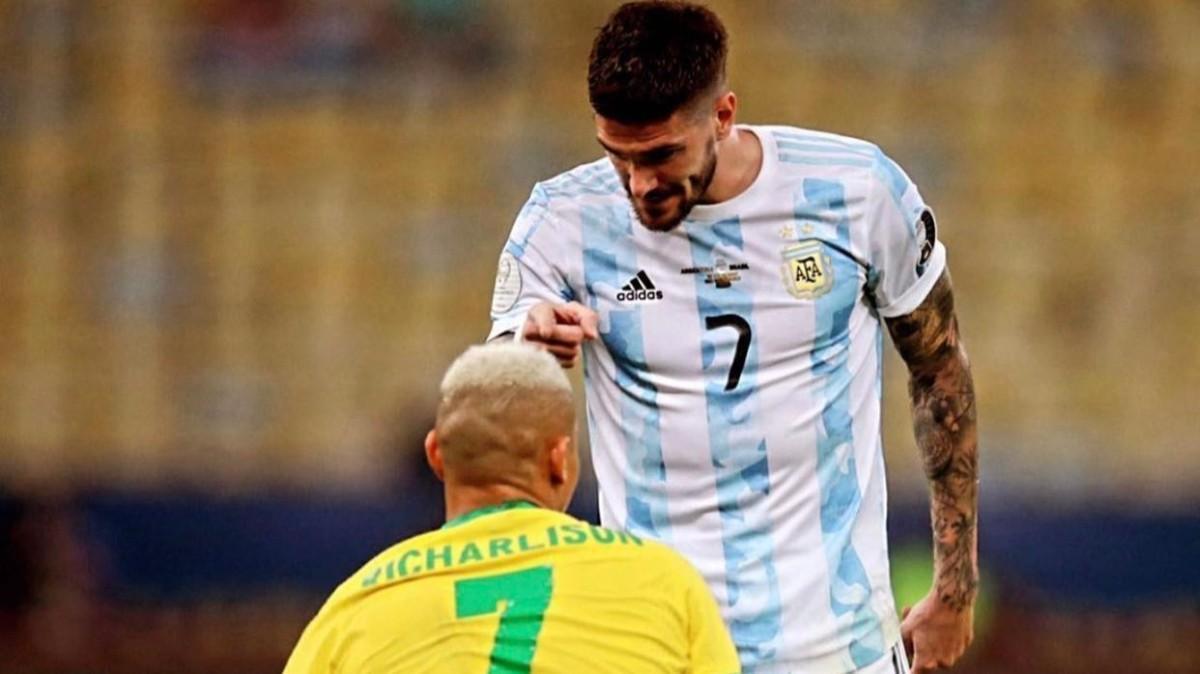 De Paul contestó a Richarlison y a Brasil con esta fotografía de la final de la Copa América