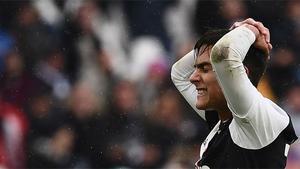 Cristiano se cambió de bando por un momento y rechazó un gol de Dybala
