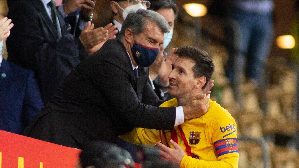 Laporta y Messi tras la final de la Copa del Rey
