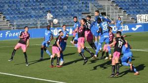 Imagen del duelo entre Sabadell y Fuenlabrada