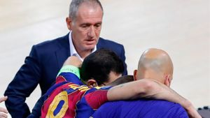 Andreu Plaza no puede contener la emoción hablando de la lesión de Sergio Lozano