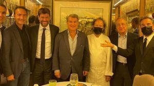 Laporta, con Agnelli y Florentino en el Botafumeiro