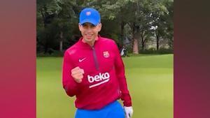 ¡Piqué y Riqui Puig disfrutan de la tarde libre jugando al golf!