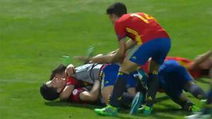 Hugo Guillamón marcó un gol decisivo para meter a la selección sub-17 en la final del Europeo