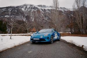 Ocon, con Alpine en el rally Montecarlo