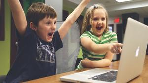 ¿Cuántas horas deben los niños jugar a videojuegos?