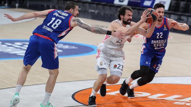 Sergio Llull rescató a los blancos en el tercer partido