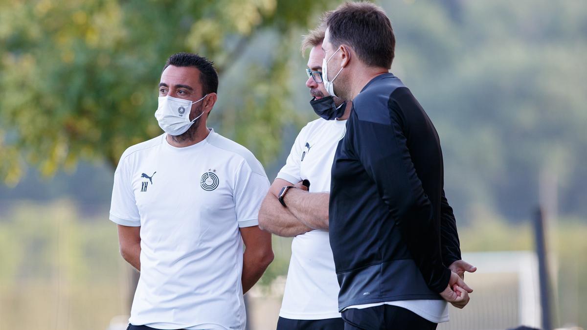 Xavi, viendo el Barça B