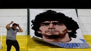 Diego Armando Maradona ya descansa en paz