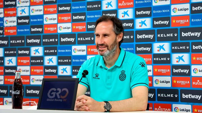 Vicente Moreno en rueda de prensa
