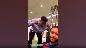 El vídeo de Memphis junto a Ansu Fati antes del partido ante el Granada