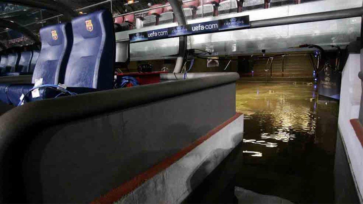 Imágen de las inundaciones que sufrió el Camp Nou en 2006