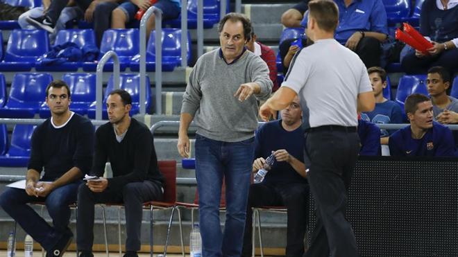 Alfred Julbe asume el banquillo del Barça Lassa de forma interina