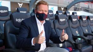 Ronald Koeman se sentó en el banquillo local del Camp Nou
