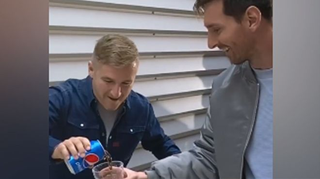 Messi hace una auténtica locura en el nuevo anuncio de Pepsi