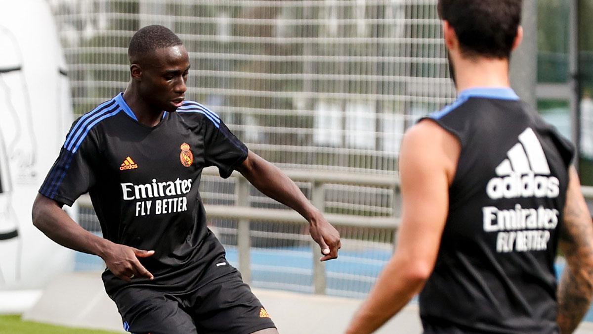 Mendy, durante un entrenamiento del Real Madrid