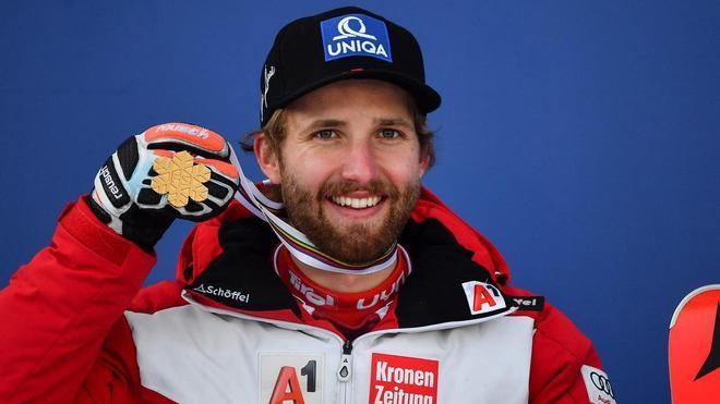 Marco Schwarz, con la medalla de oro
