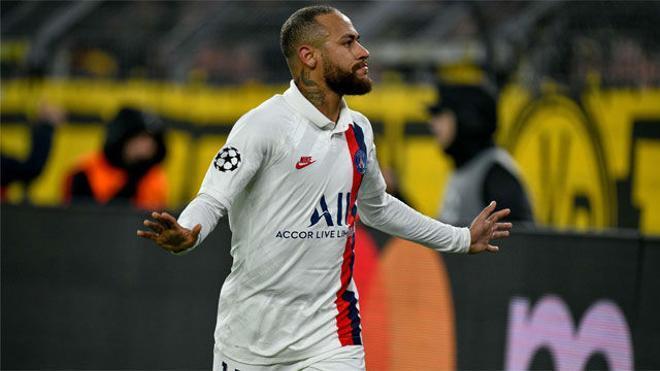 Neymar anotó el único tanto del PSG tras una magistral jugada de Mbappé