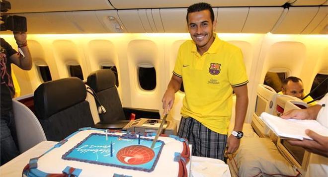 Pedro celebró su cumpleaños en el avión