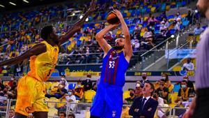 Mirotic jugó el mejor partido de la temporada ante el Gran Canaria
