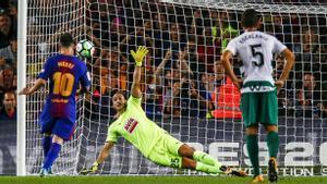 LALIGA   Barça-Eibar (6-1): El gol de Messi de penalti que puso el 1-0