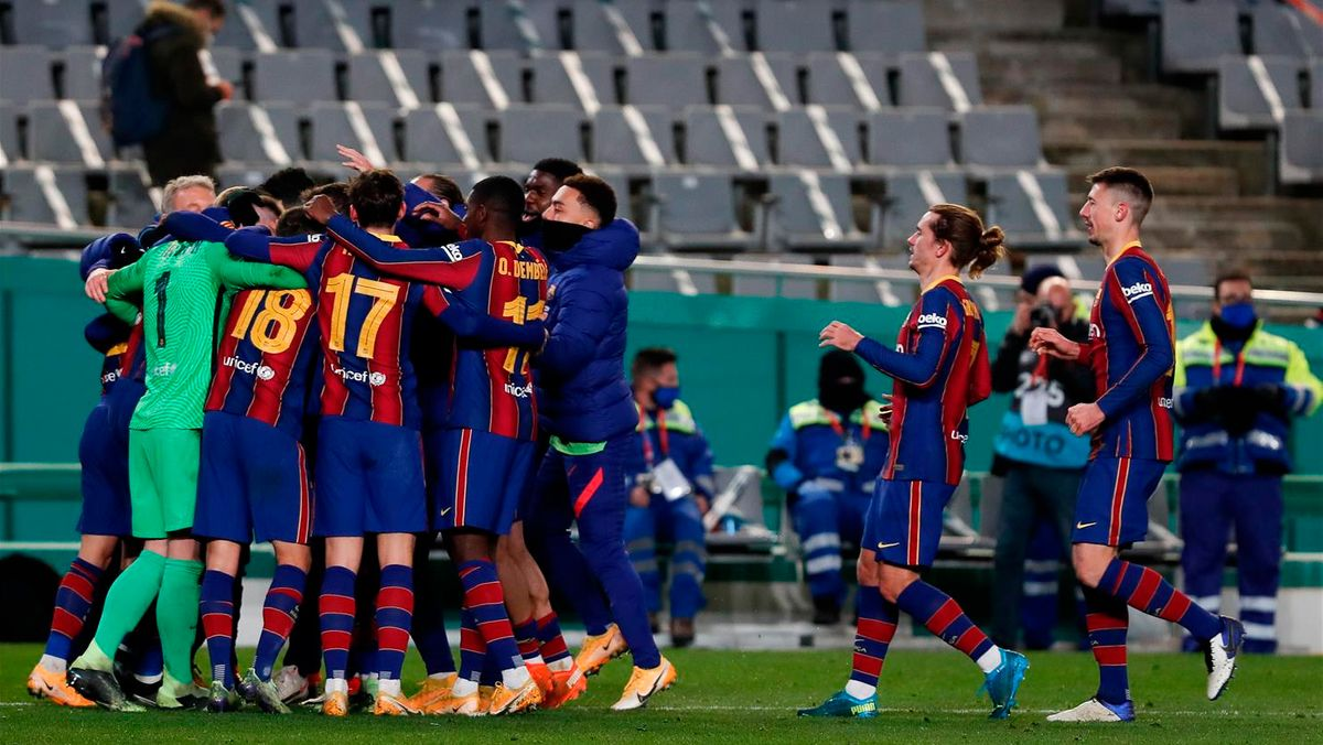 El Barça tira de épica para llegar a la final de la Supercopa