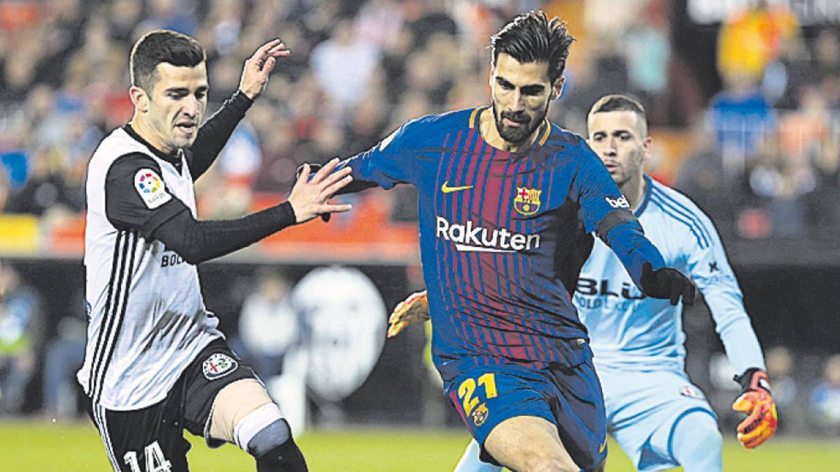 André Gomes puede hacer el camino de regreso a Valencia después de dos temporadas vestido de azulgrana