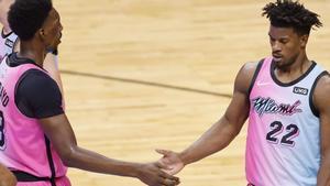 Adebayo y Butler, durante un partido reciente de los Heat