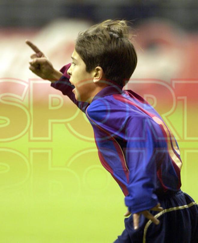 7.Jordi Alba 2001-02