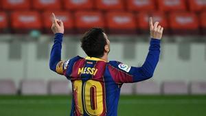 El doblete de Messi con el que supera los registros de la temporada pasada