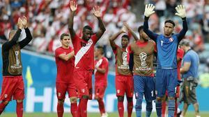 Perú impide soñar a Australia y se despide del Mundial con un triunfo