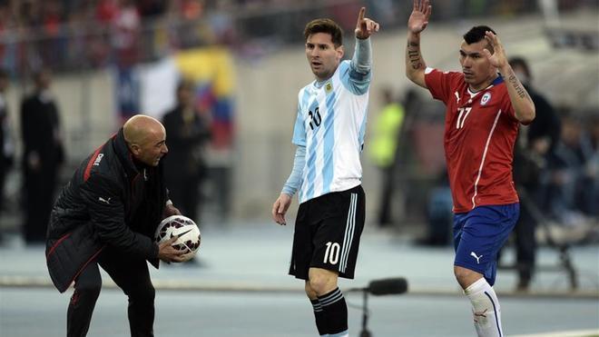 Messi, en un partido contra Chile