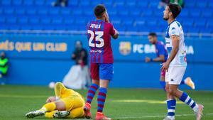 El Barça B empata sin goles ante el Alcoyano