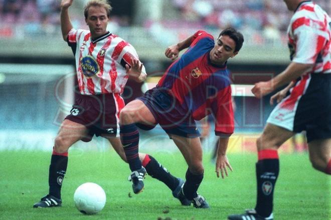 21.Xavi Hernández 1998