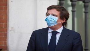 Almeida, a favor de que el JEMAD y el Gobierno se vacunen cuanto antes