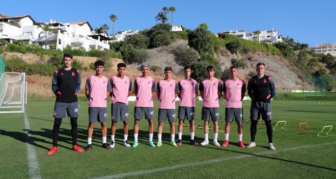 Imagen de los nueve canteranos en Marbella