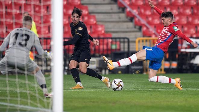 Trincao lo sigue intentando pero se le resiste el gol: así creó peligro ante el Granada