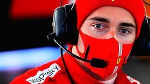 Leclerc, atento a Sainz en Fiorano